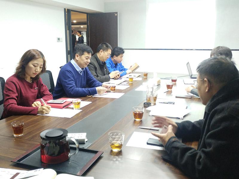 西安市政府领导莅临万威带来节日问候